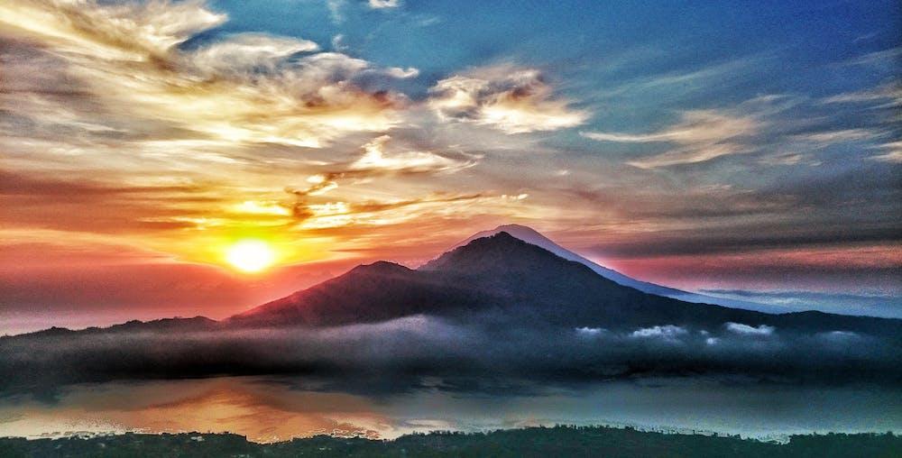 6 انشطة سياحية يمكن القيام بها في جبل اغونغ في بالي