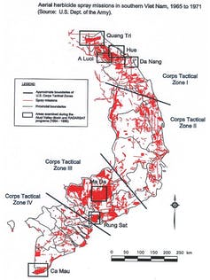 Aerial spraying in central and southern Vietnam Photo/  Wikimedia