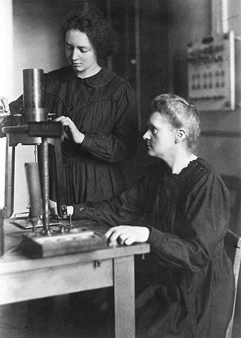 What contributions did marie curie make to medicine