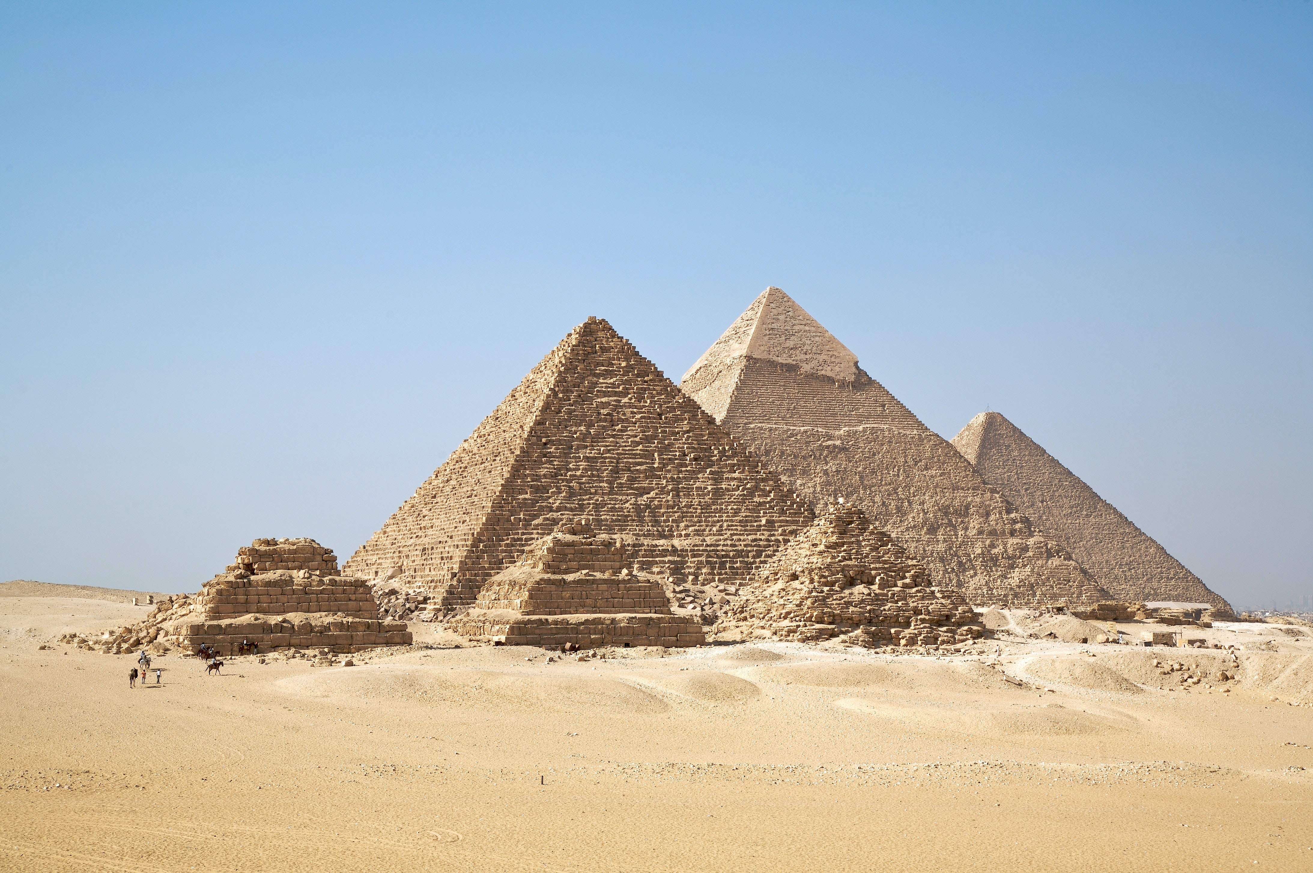 Carbon dating egyptian pyramids