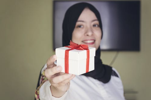 Muslims Can And Do Celebrate A Traditional Christmas