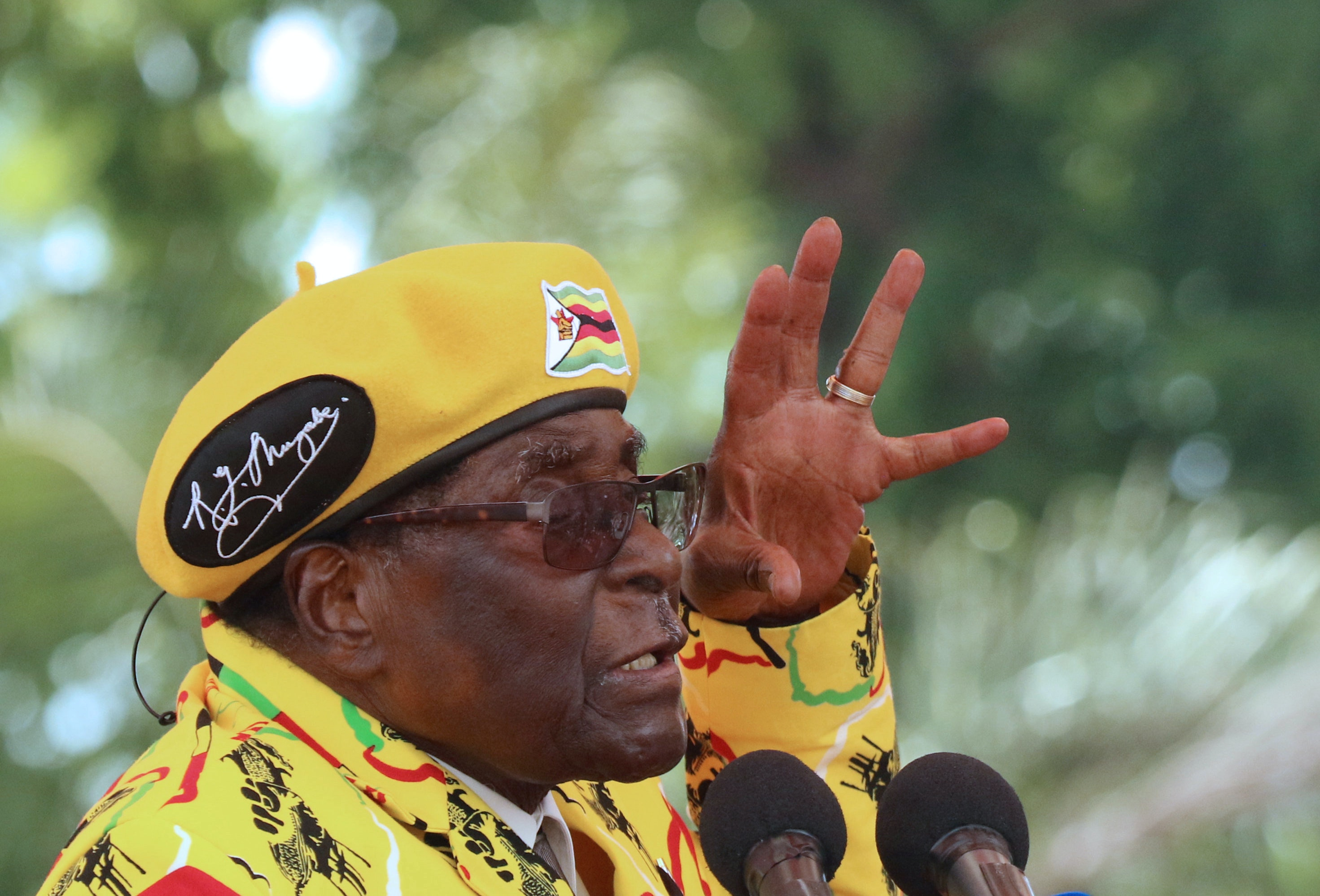 Could this be the end of President Robert Mugabe's 37 year reign? Reuters/Philimon Bulawayo