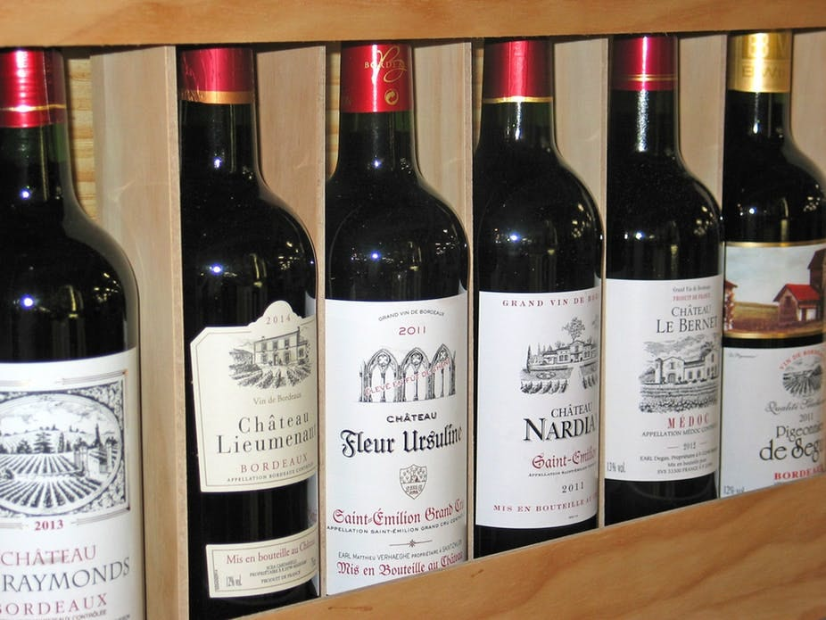 Wines and their labels: crafting narratives that speak to us