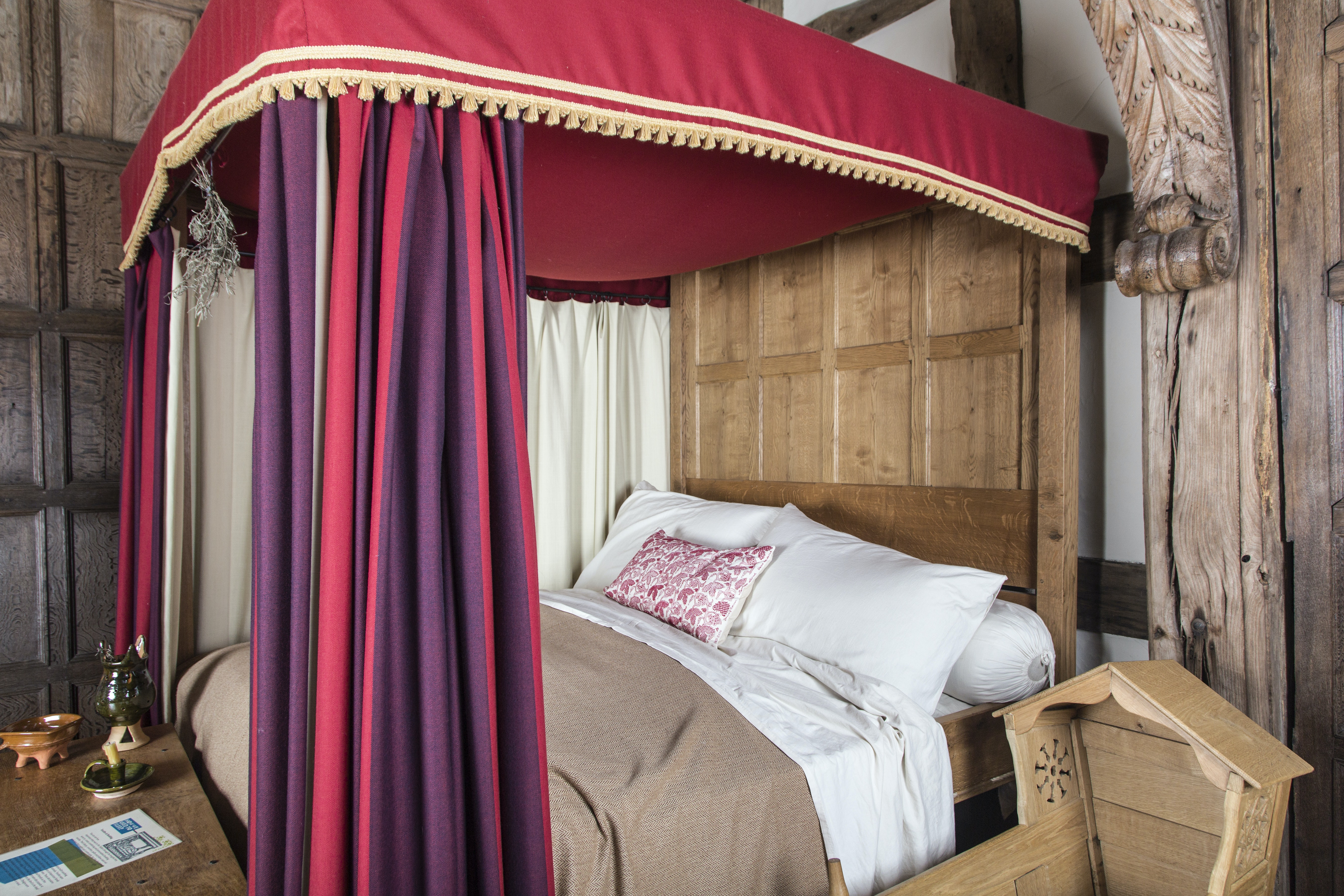 Replica of a Tudor four-poster bed, Little Moreton Hall. © The National Trust, Author provided
