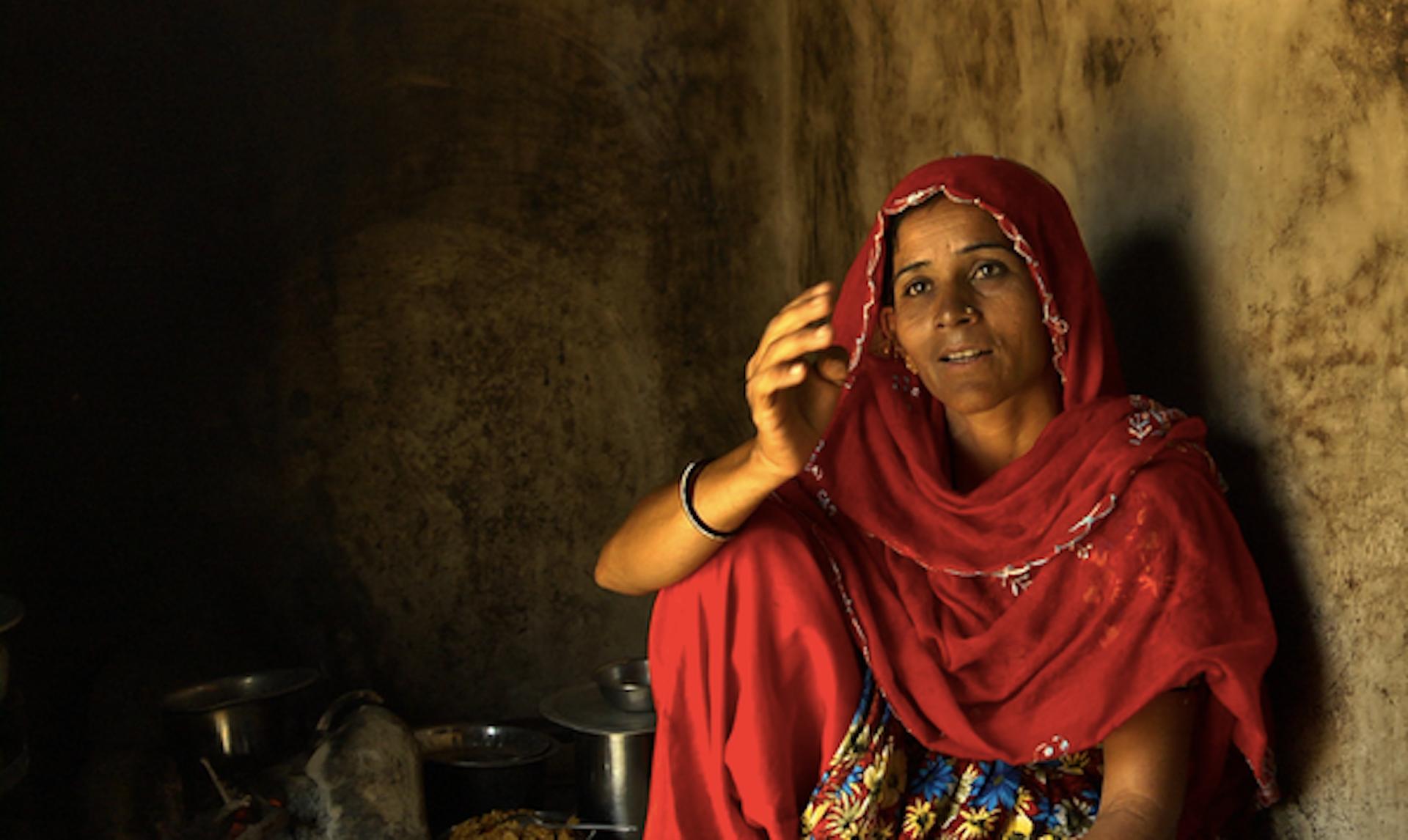 Zarina Sodha, from Lakhpath Kachchh, Gujarat (western India), a folk singer. Credit: Anjali Monteiro/KP Jayakrishnan