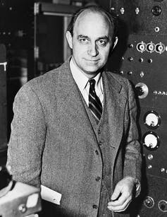 Enrico Fermi in lab