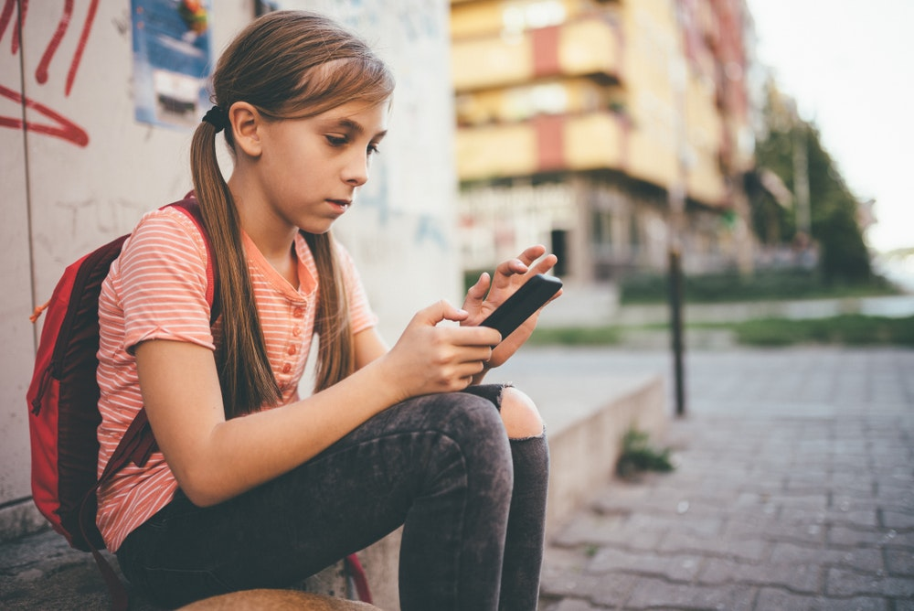 Why children should be taught to build a positive online presence