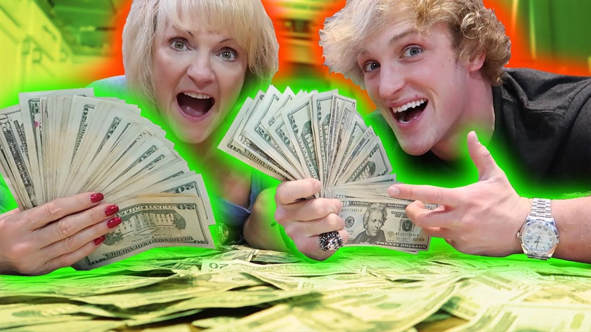 Teen gets money