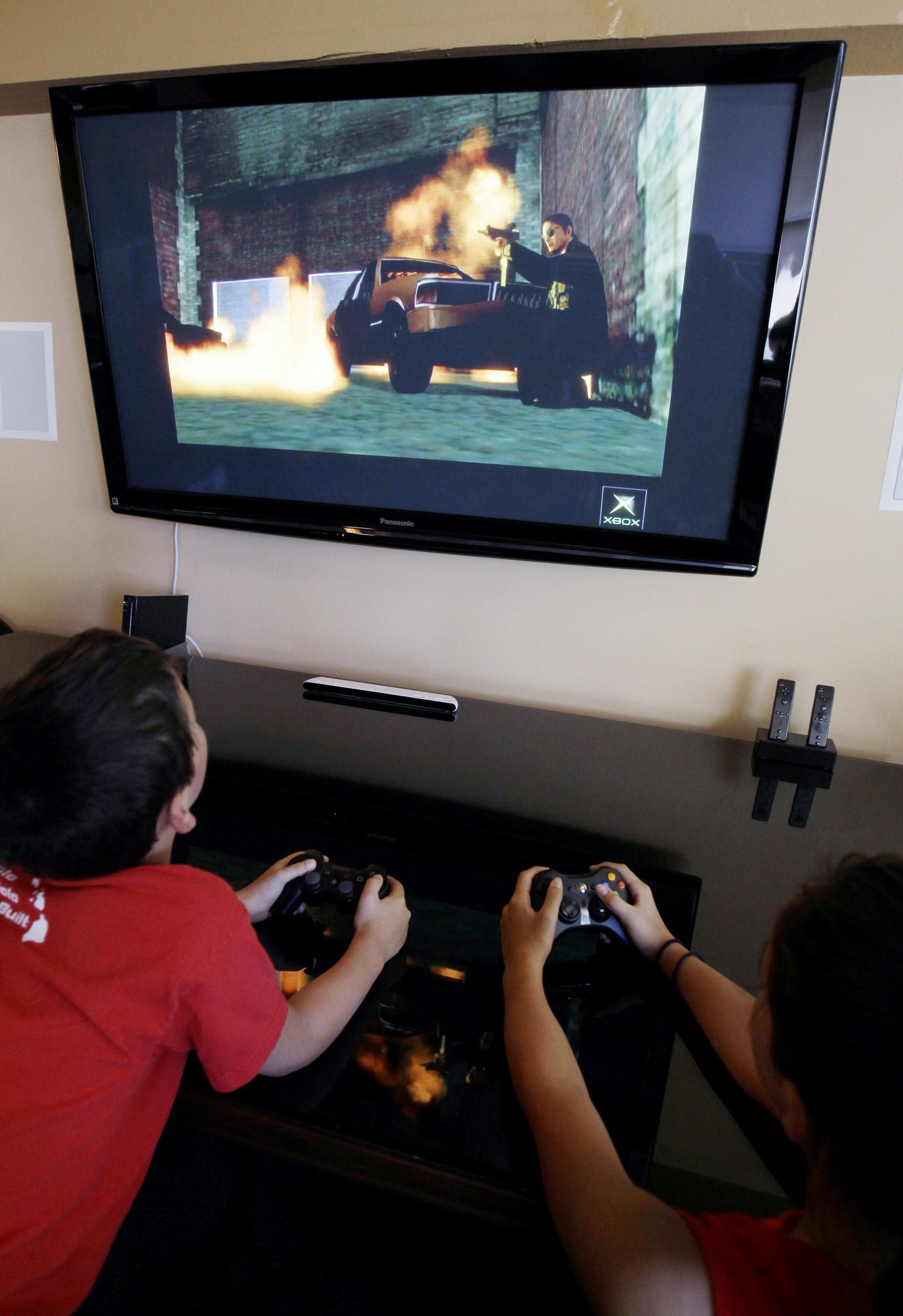 Supreme Court Debates Violent Video Game Ban foto