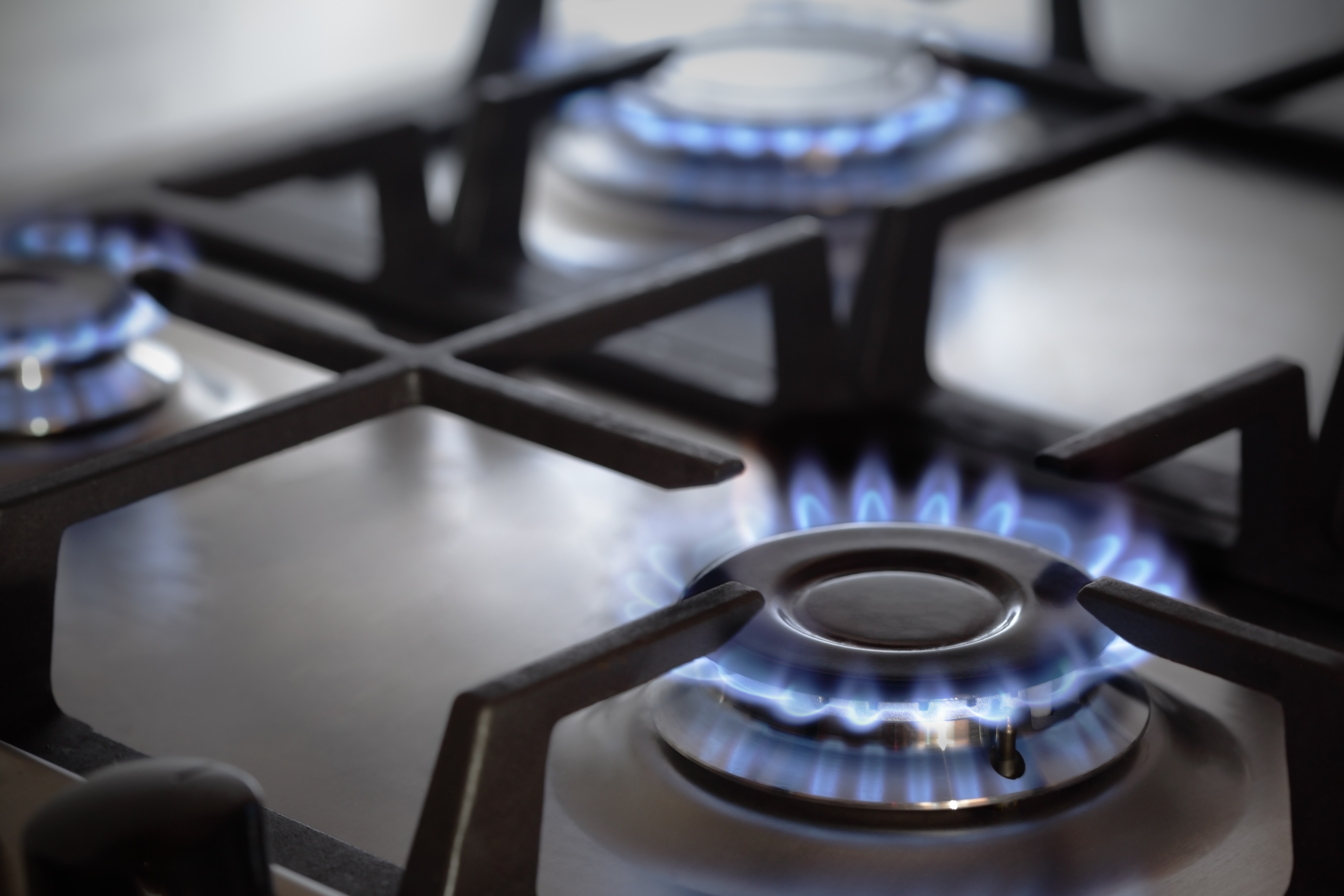 National Grid issues gas warning, asks market to pull out stops