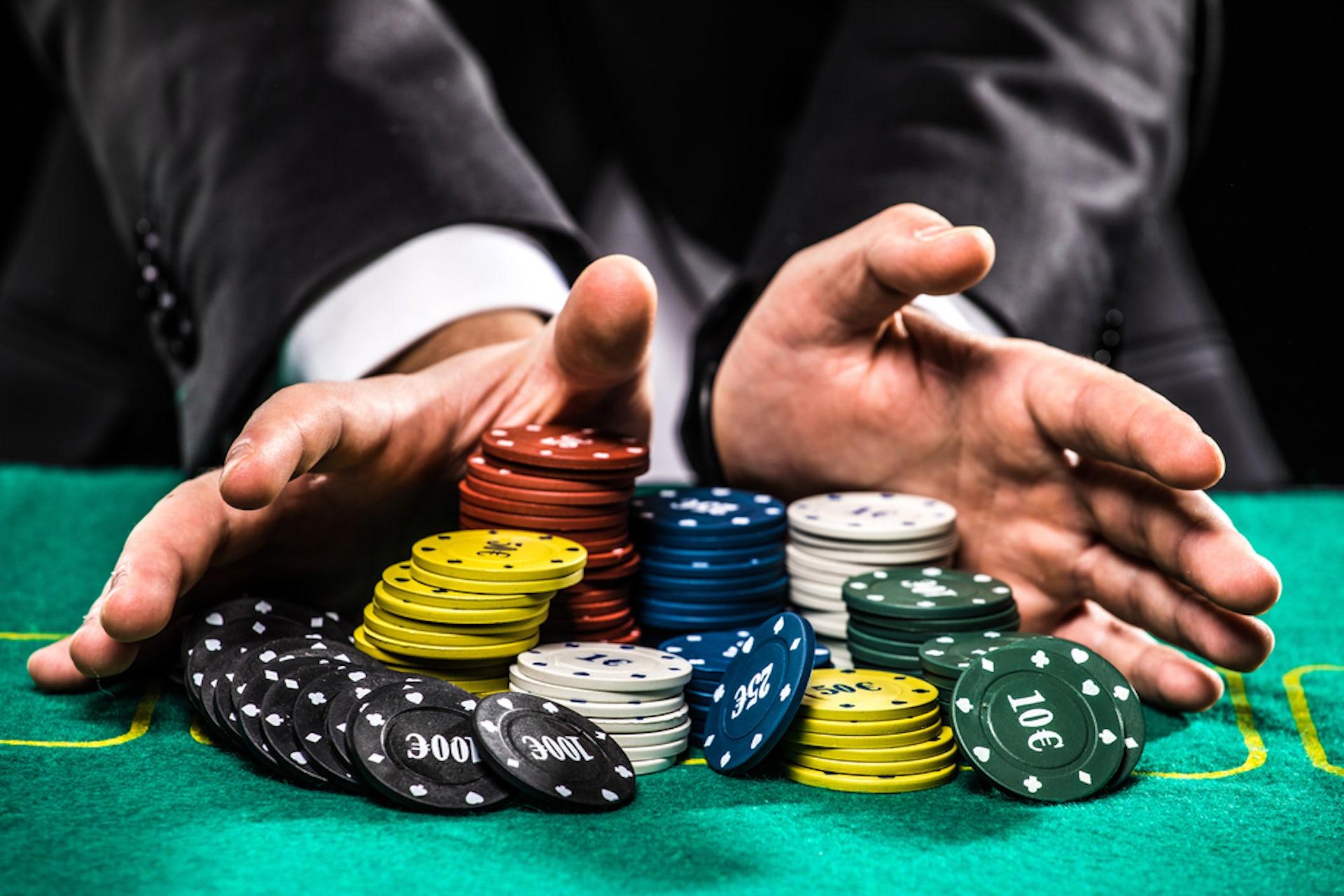 Explain what is meant by gambling online poker website script