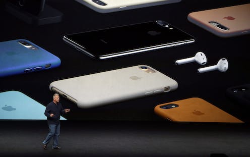 How smartphones are heating up the planet