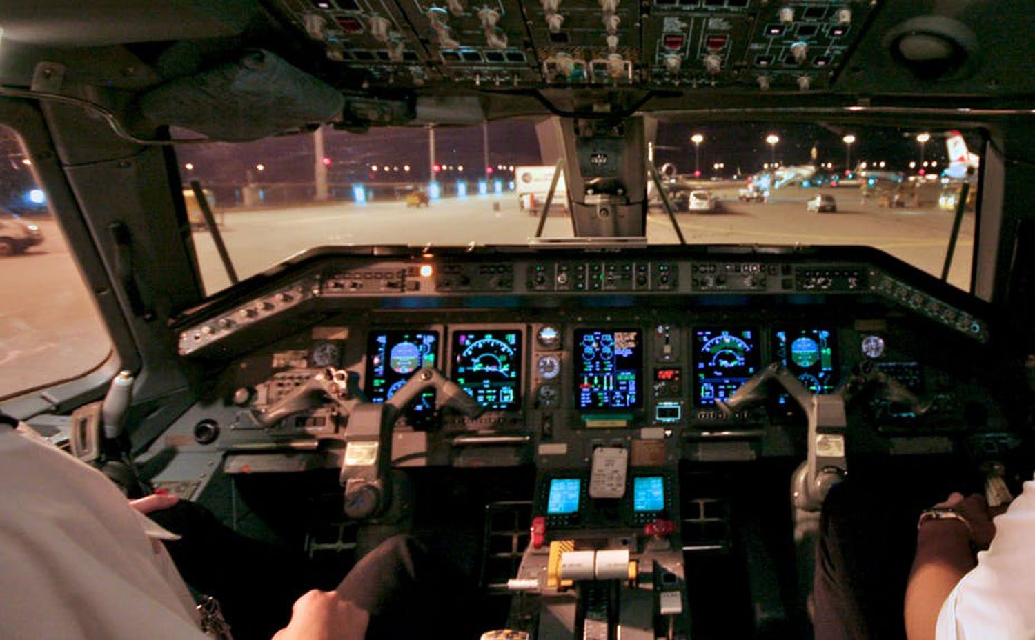 Are there two pilots in the cockpit?