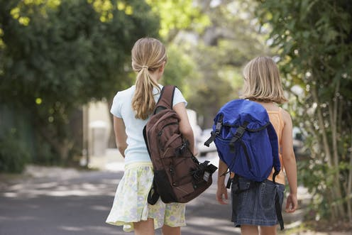 bebcacaaa9ba Carrying backpacks doesn t cause back pain in children and teenagers
