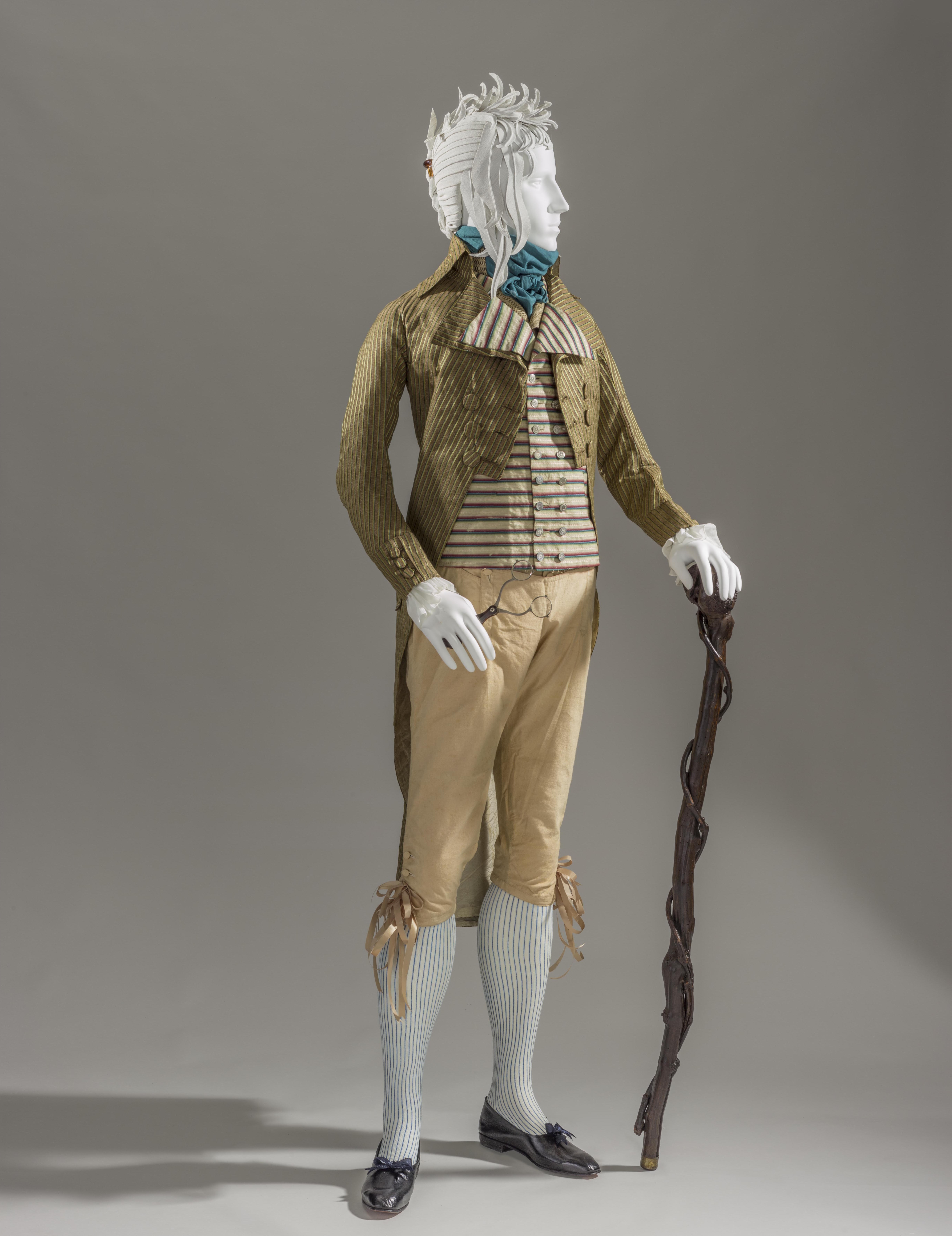 A typical 'Incroyable' ensemble (France, 1790s). Photo credit: © Museum associates/LACMA