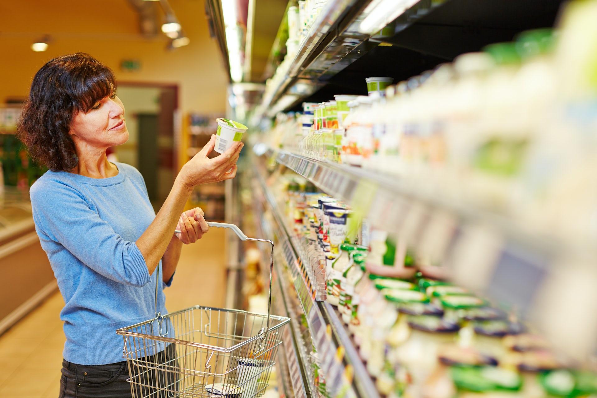 Plain, Greek, low-fat? How to choose a healthy yoghurt
