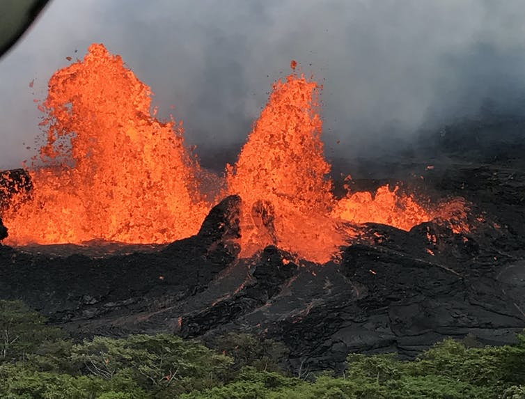 but what's going on beneath Hawai'i's volcano?