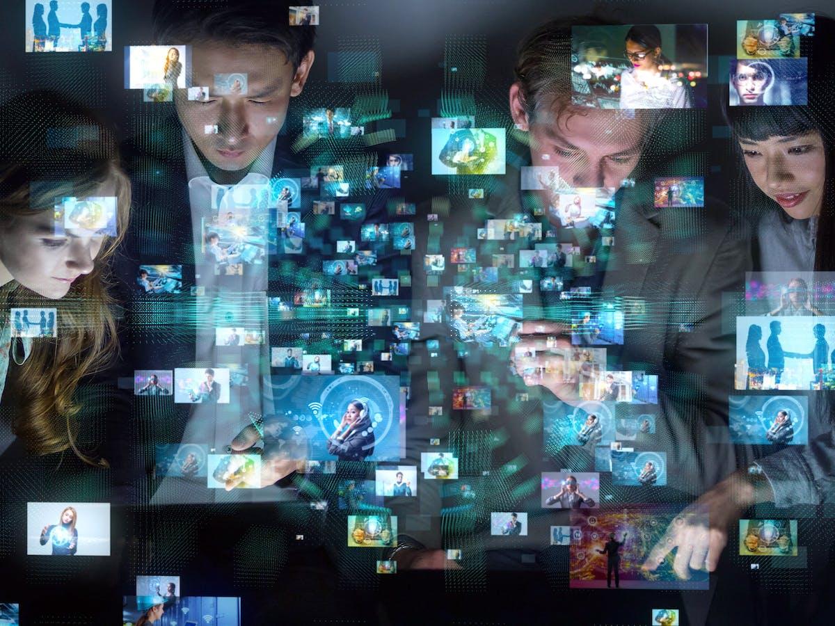 Bagaimana Kekuatan Baru Mendorong Jurnalisme Di Era Digital
