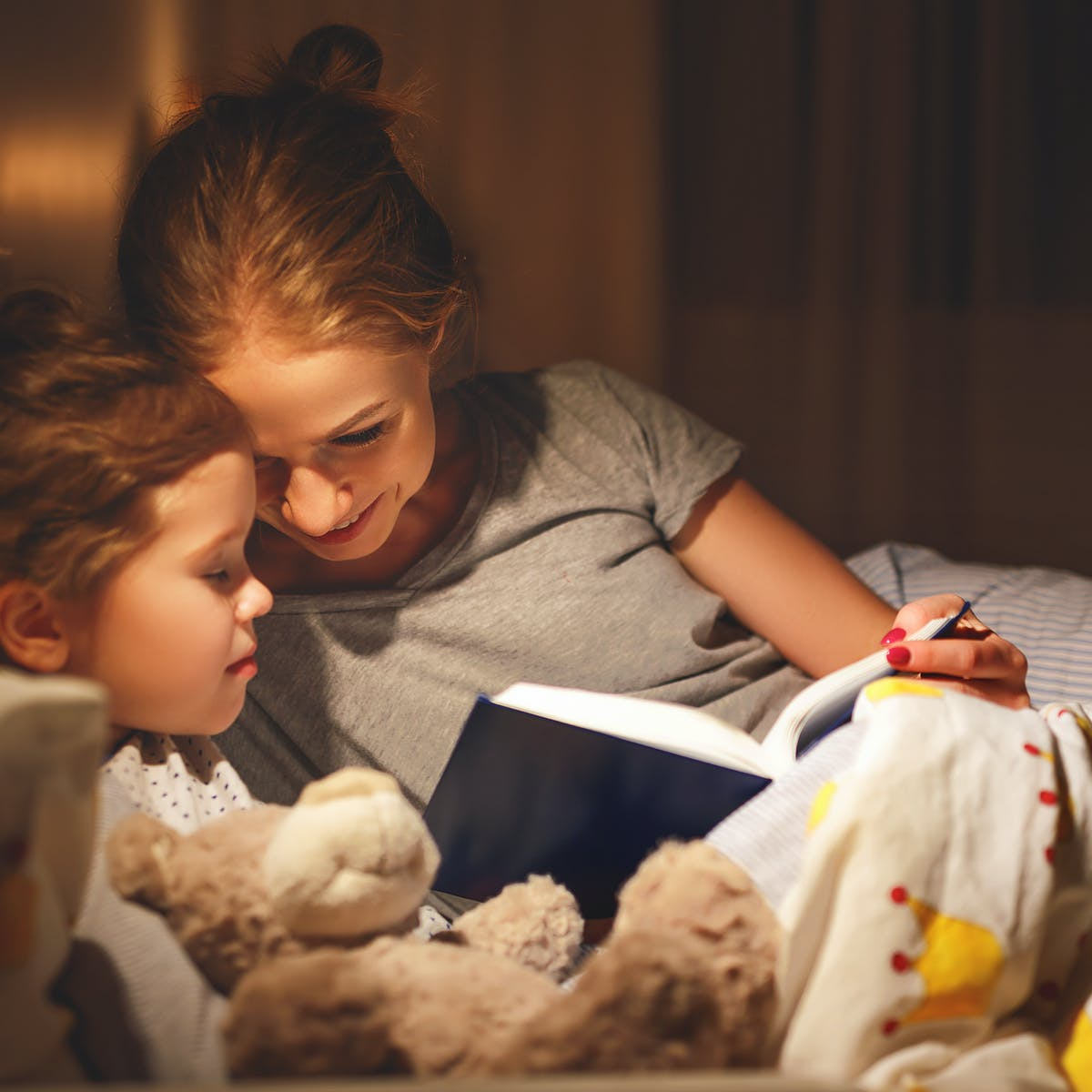 Eight bedtime stories to read to children of all ages