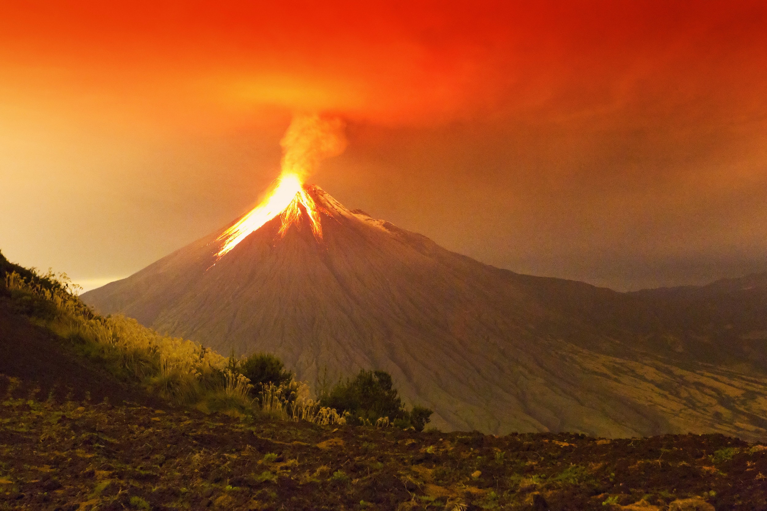 Curious Kids: Why do volcanoes erupt?
