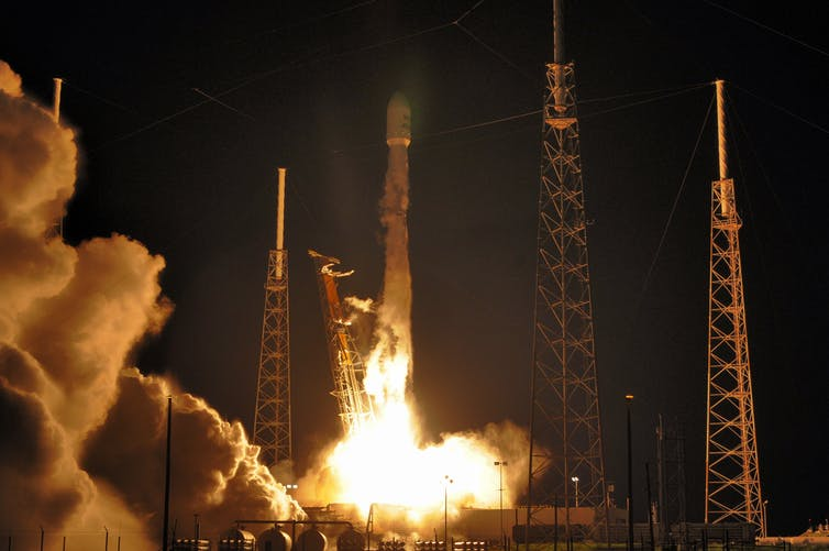 3, 2, 1   liftoff! The science of launching rockets from