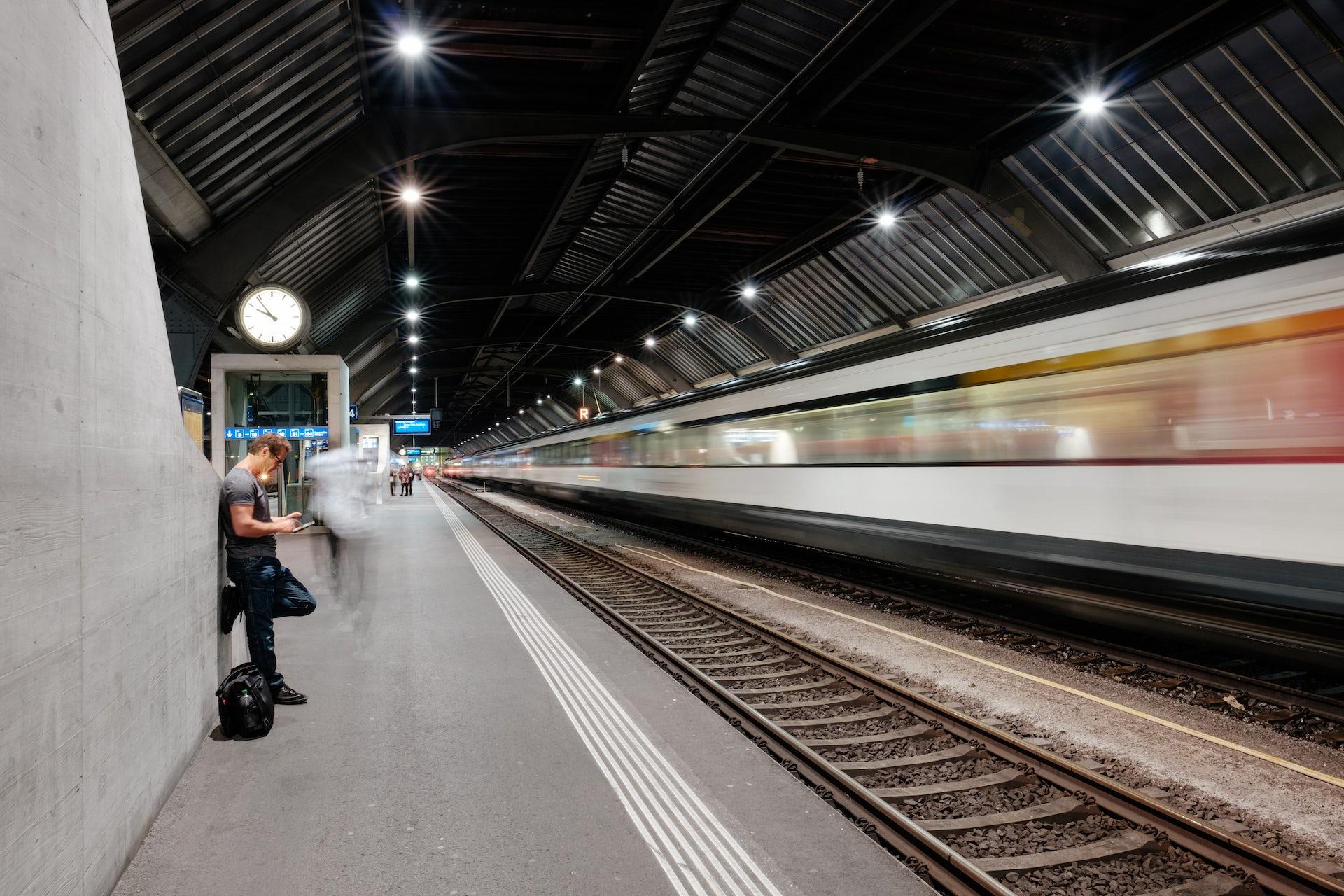Le Train  Grand Oubli U00e9 De La Transition  U00e9nerg U00e9tique
