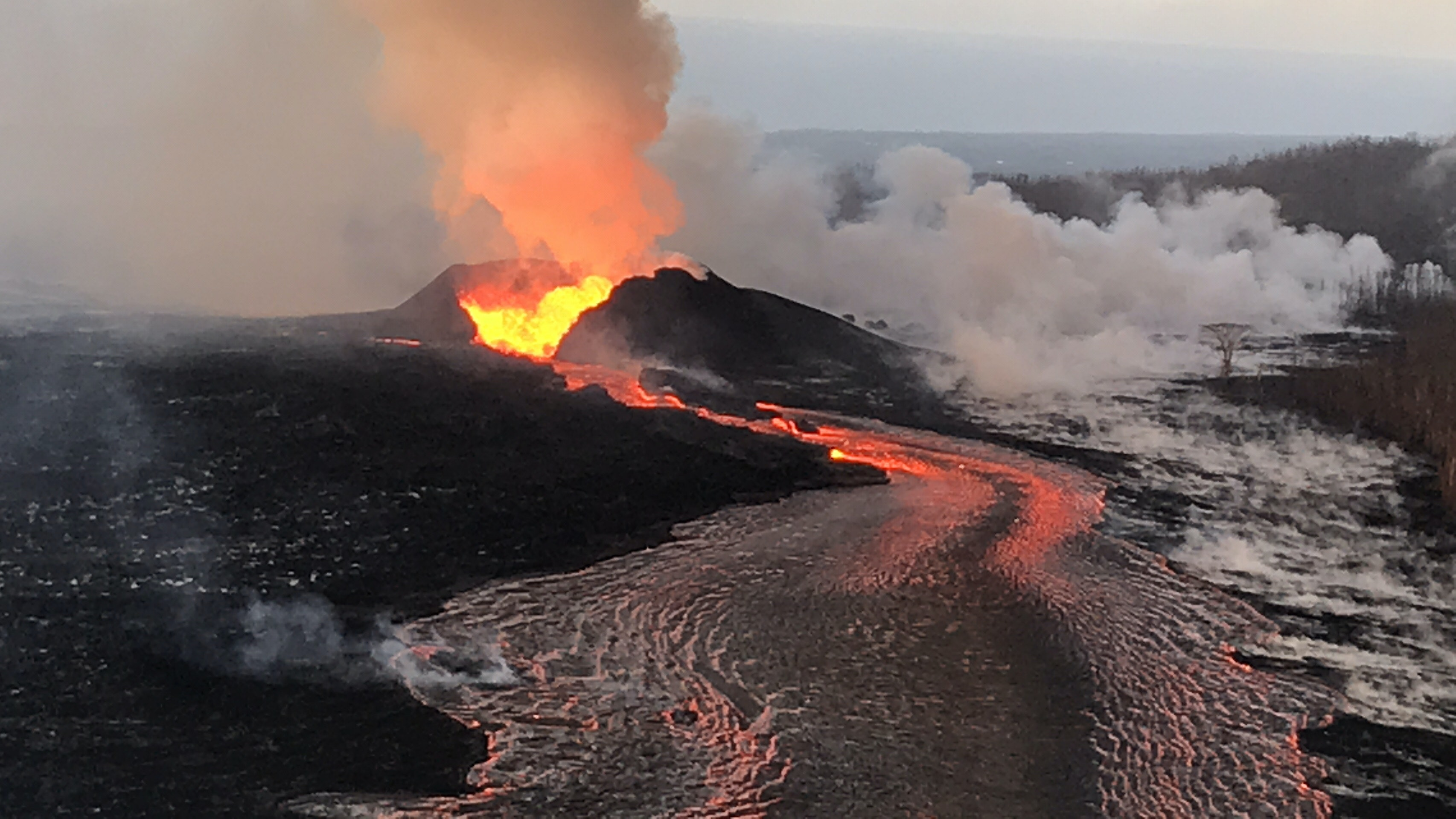 causes of volcano