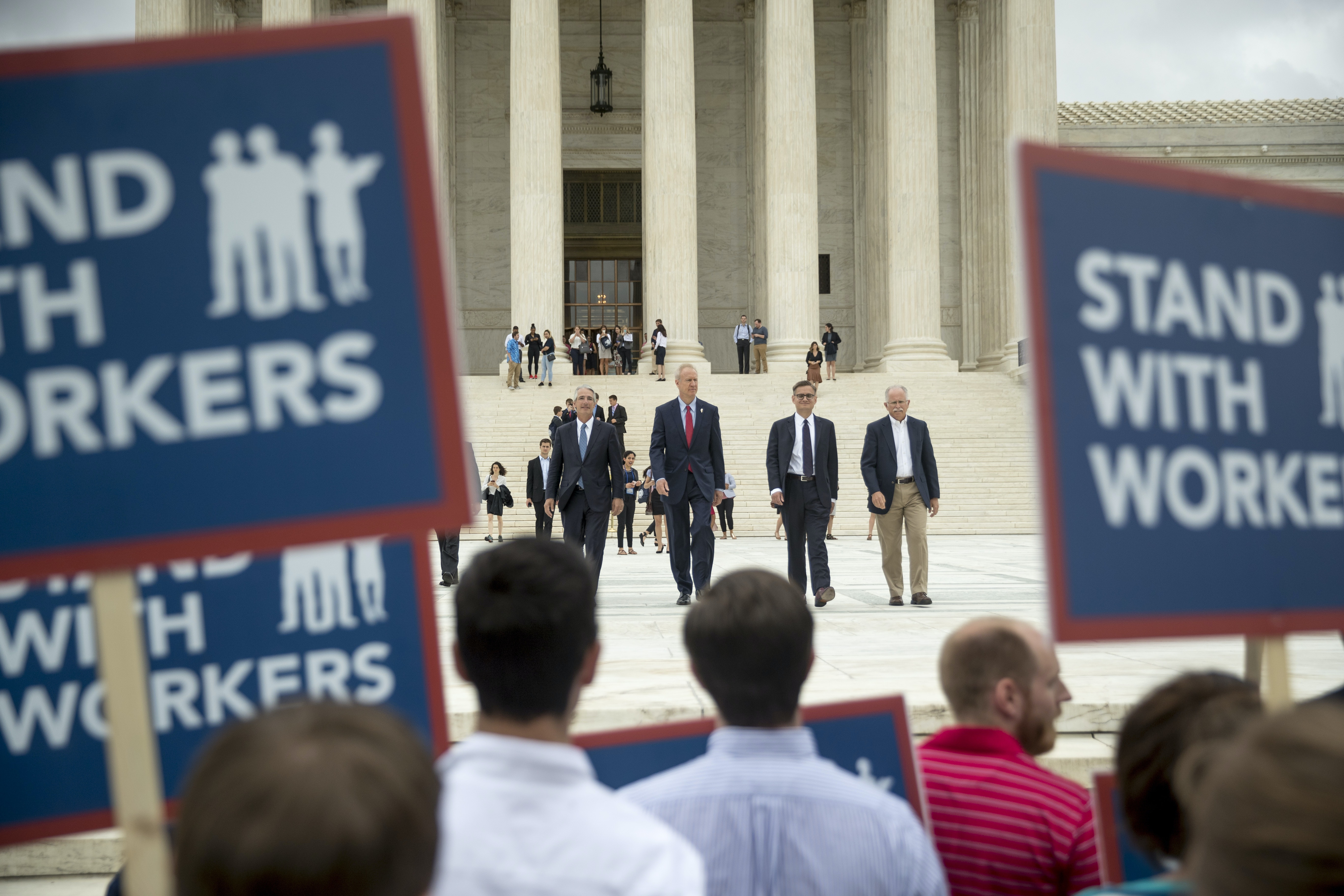 an analysis of the democratic society in the world and the first amendment Introduction over the last 40 years, the supreme court has extended an ever-increasing level of first amendment protection to commercial speech.