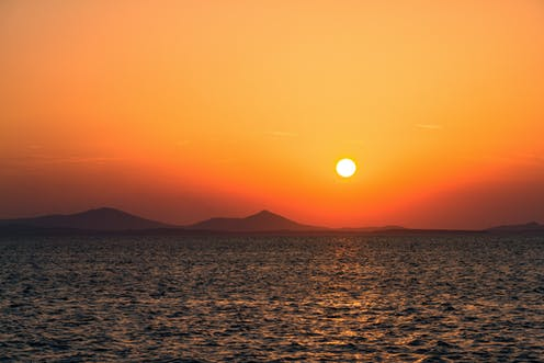 the science of beautiful sunsets
