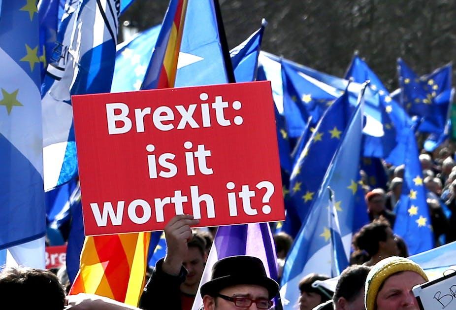 Brexit rejeté, amendé, différé : quelles options reste-t-il à Londres (et à Bruxelles) ?