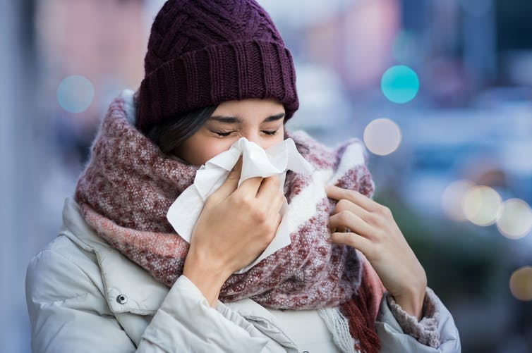 how long should you stay away when you have a cold or the flu?