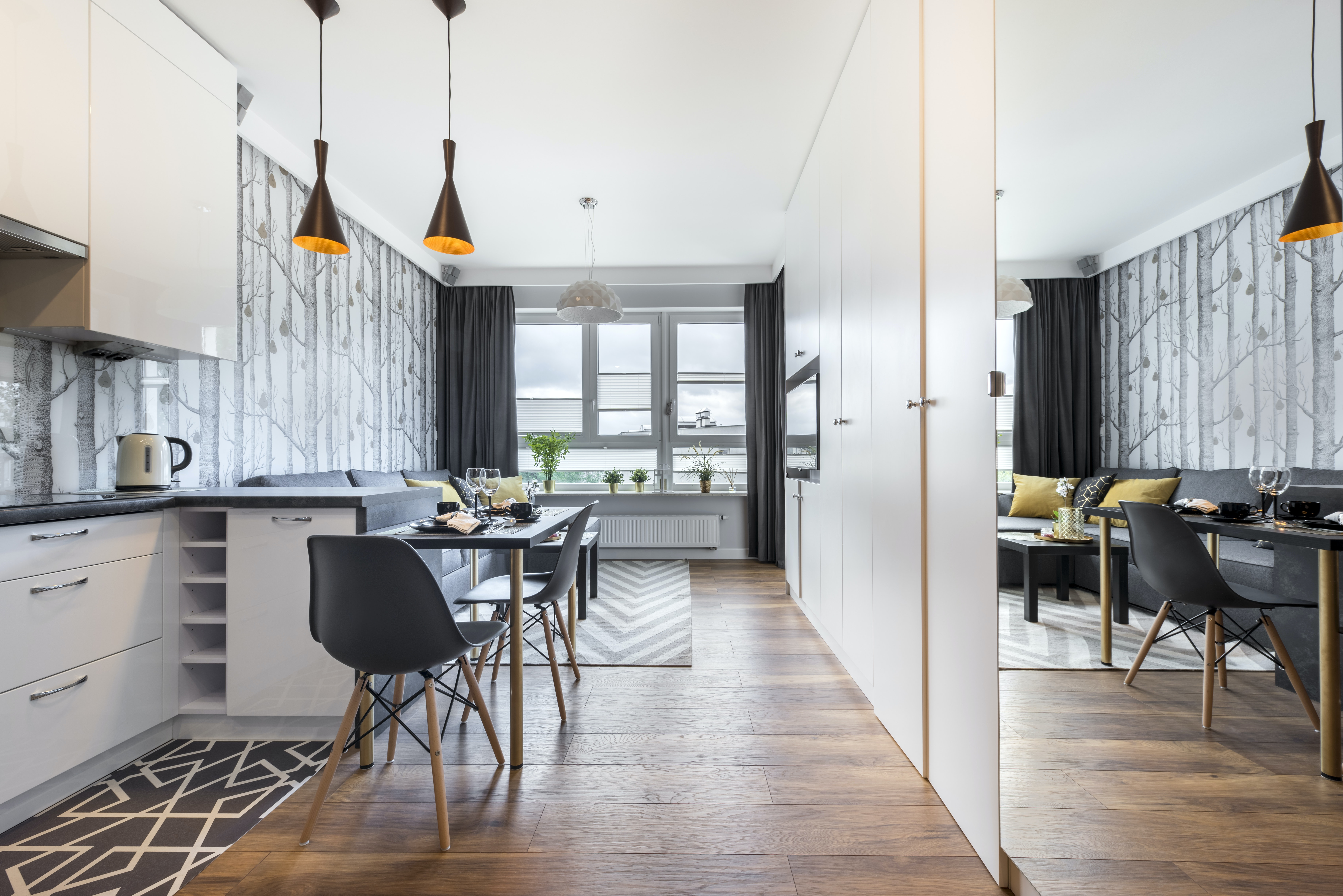 An interior designeru0027s tips to create the illusion of space & Live in a small place? An interior designeru0027s tips to create the ...