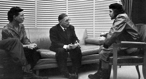 Jean-Paul Sartre with his partner Simone de Beauvoir and Che Guevara in 1960.