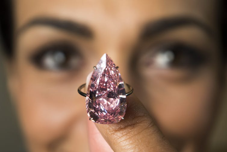 What is a gem? And why painite from Myanmar can fetch US