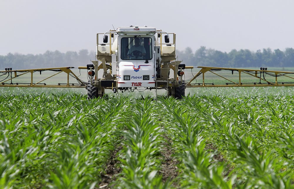 Does Monsanto's Roundup cause cancer? Trial highlights the