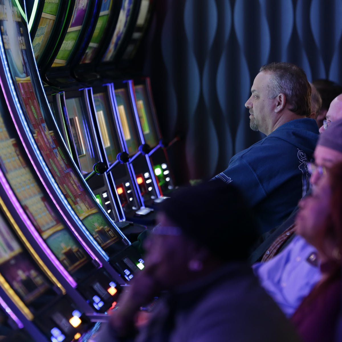 addiction meaning gambling noise