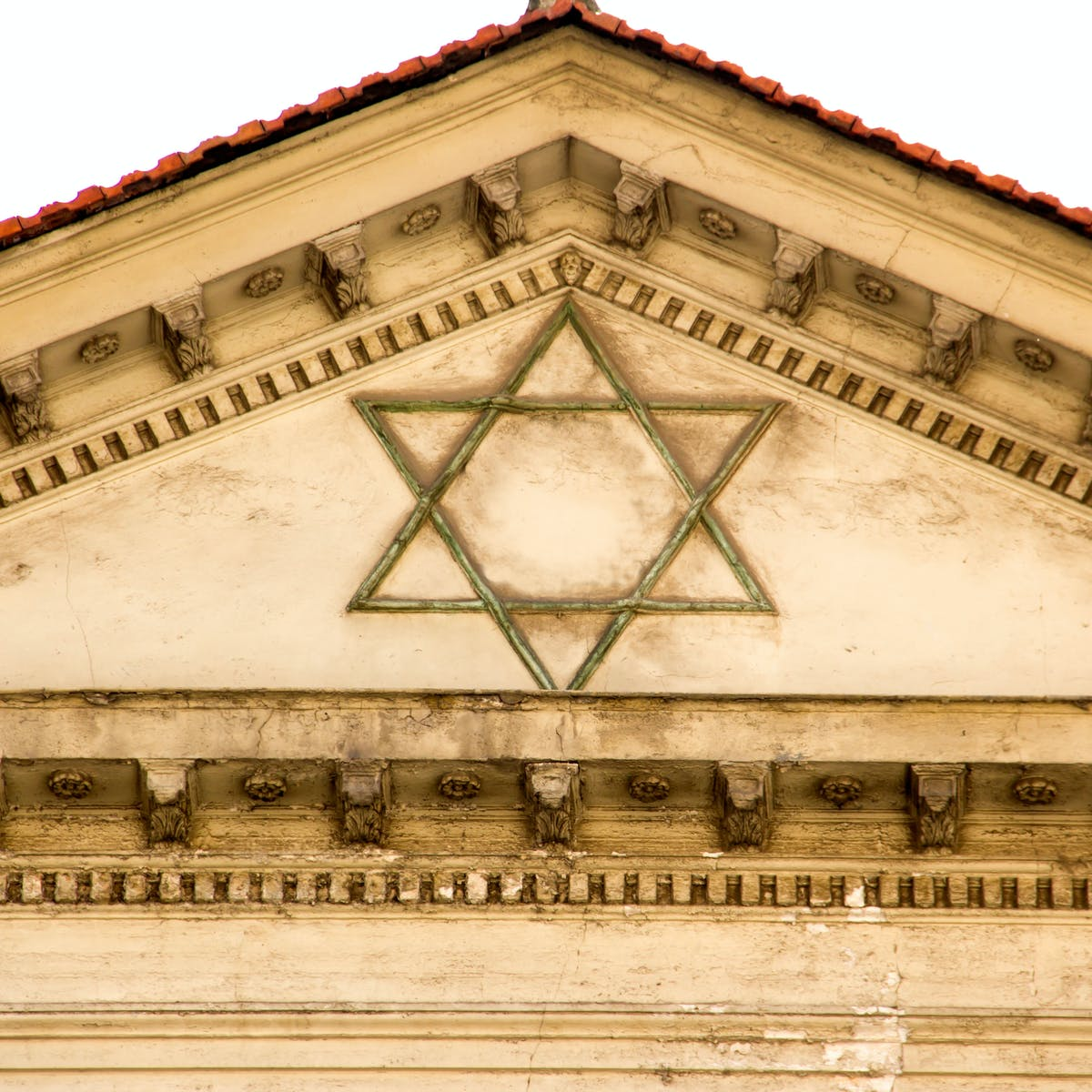 Ashkenazic Jews' mysterious origins unravelled by scientists
