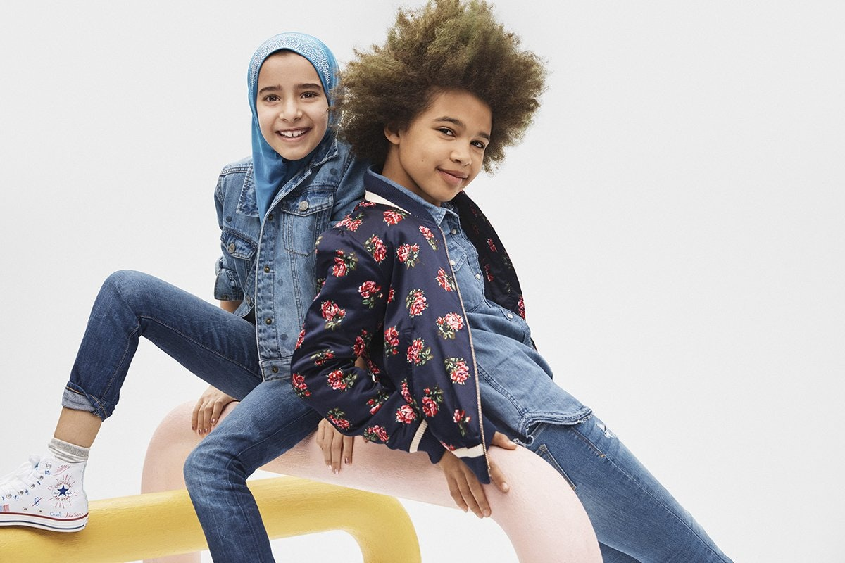 Gap released a back,to,school ad campaign a couple weeks ago which included  a picture of a young girl wearing a hijab which raised many questions for  many