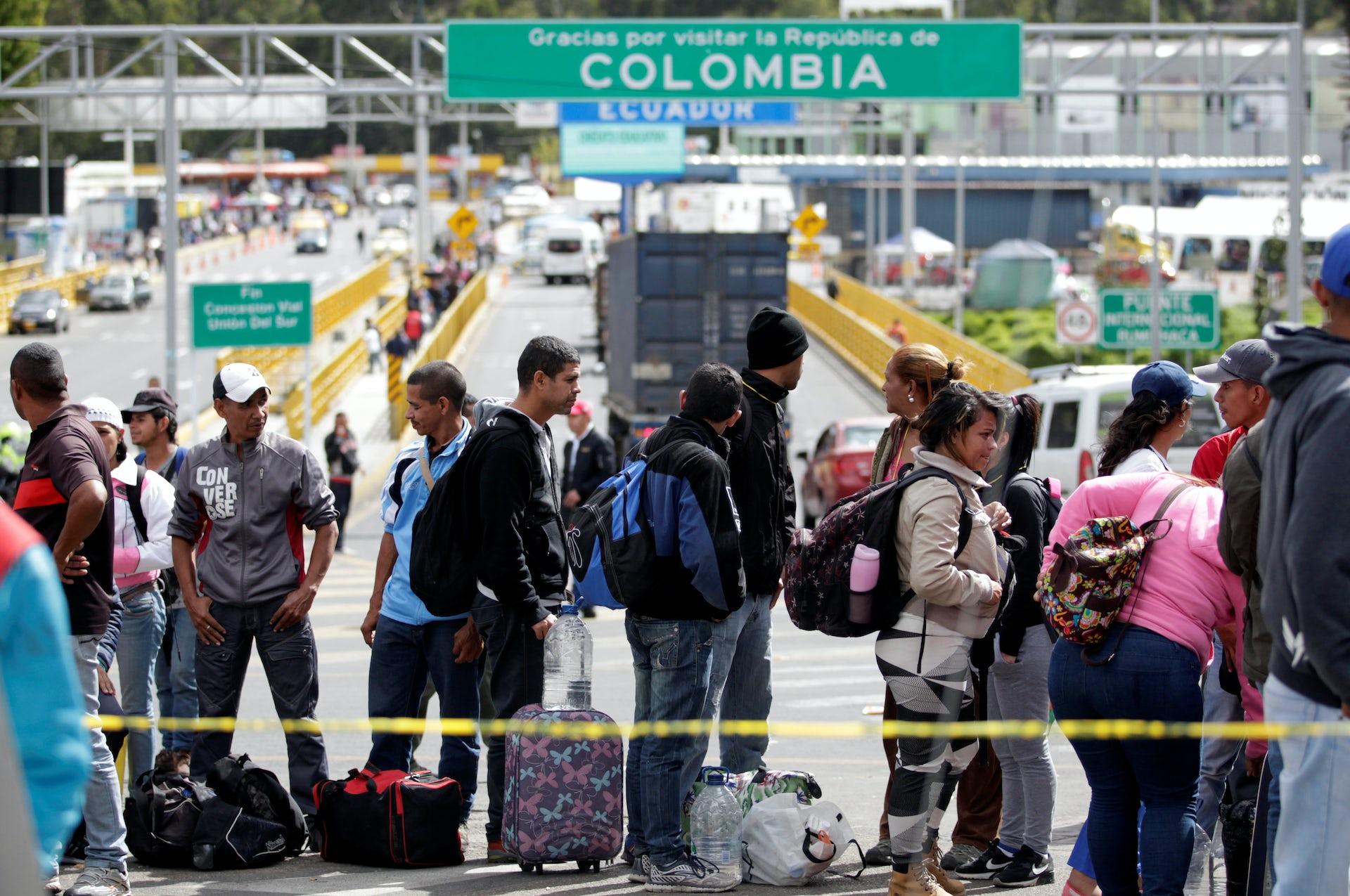 """Résultat de recherche d'images pour """"latin america, poverty, crisisis, violences, south america, migrants"""""""