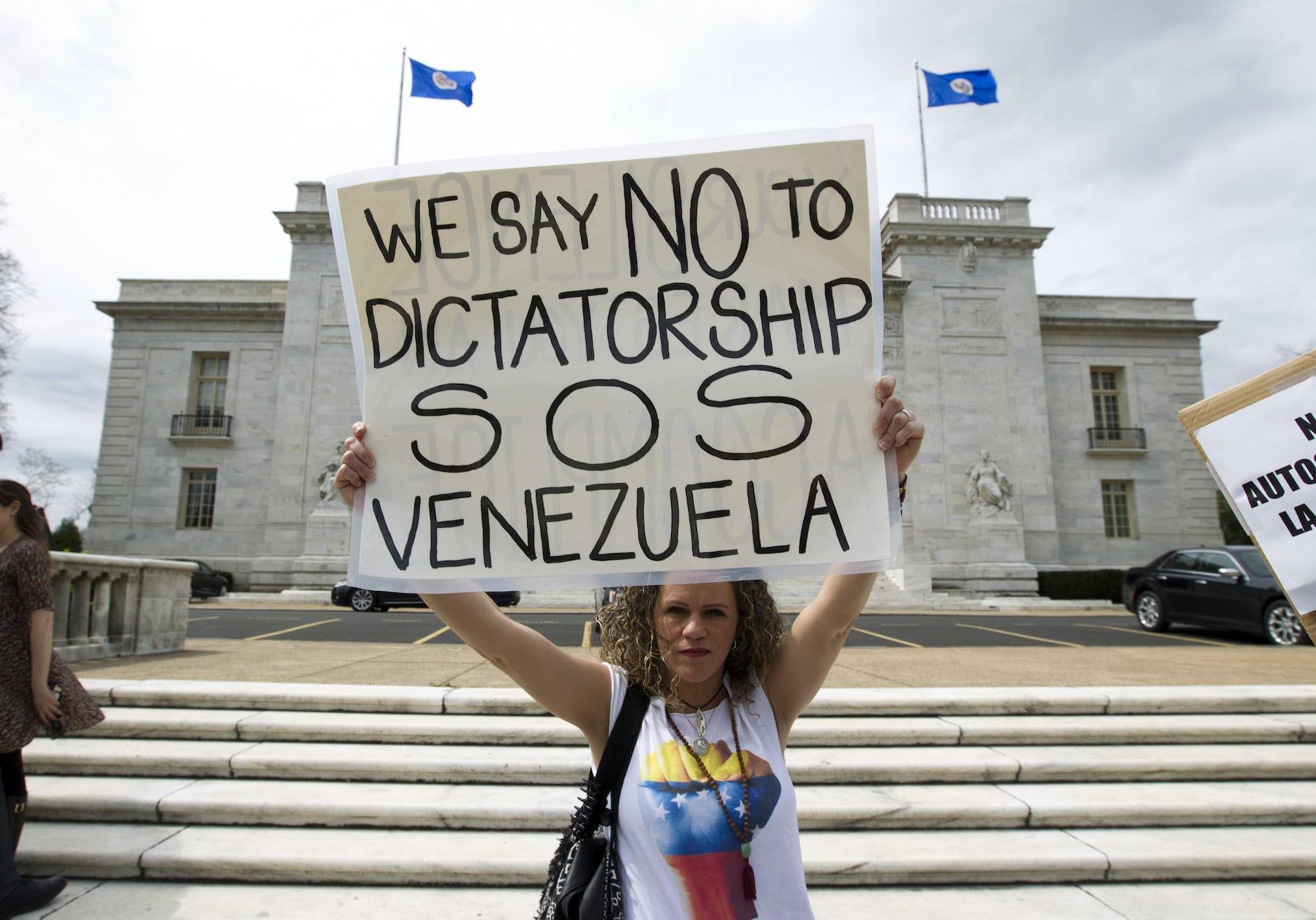 Trump encuentra oportunidad electoral en la crisis humanitaria venezolana