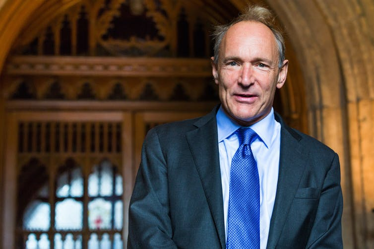 Tim Berners Lee, l'inventeur du web.Wikipedia,CC BY