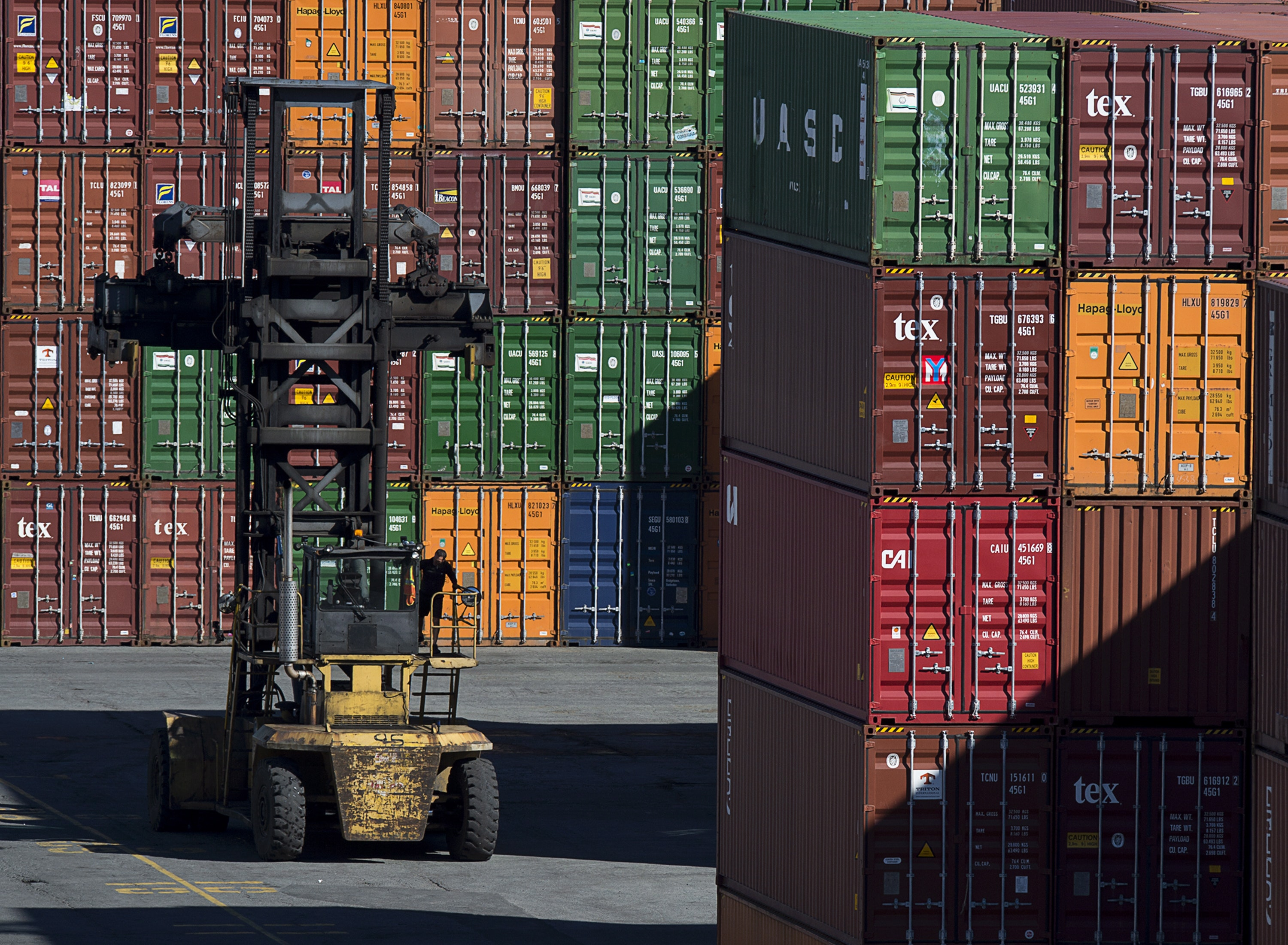 Canada's ports policy needs to move into the 21st century