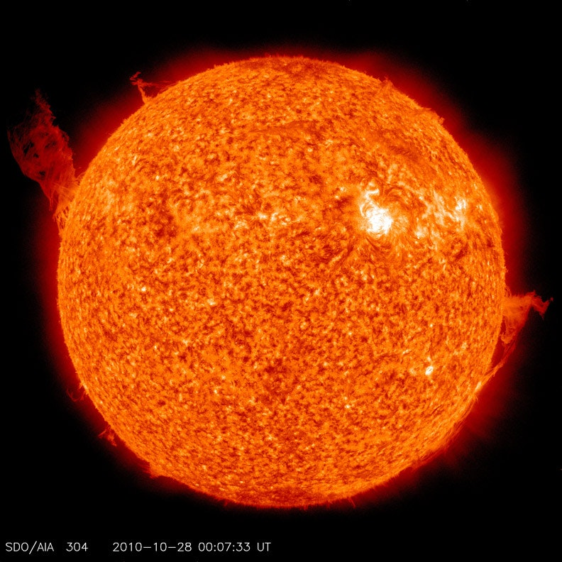 Curious Kids: Is there anything hotter than the Sun?