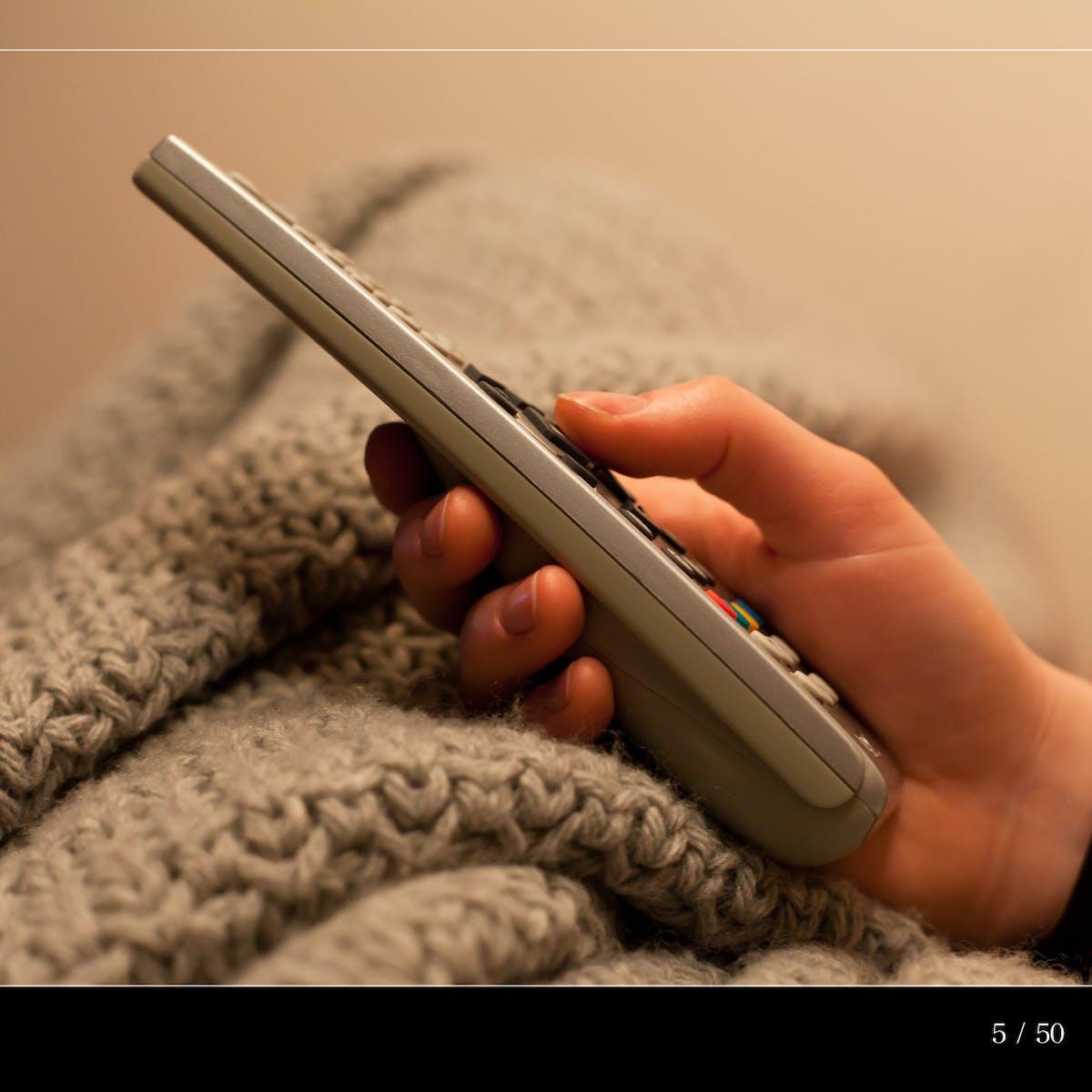 Curious Kids: How do remote controls work?