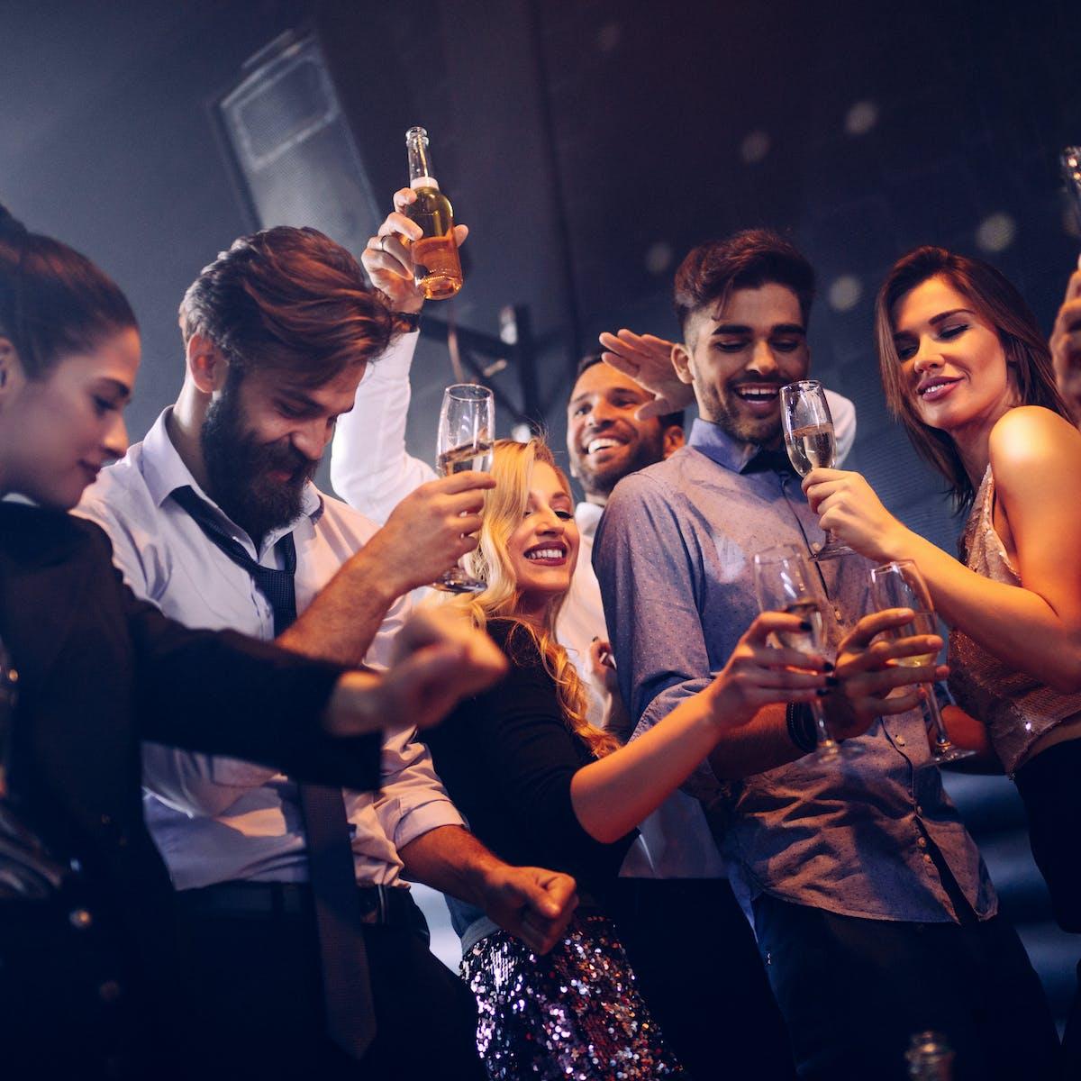 Groping : Groping And Grabbing Is Not Acceptable Nightclub