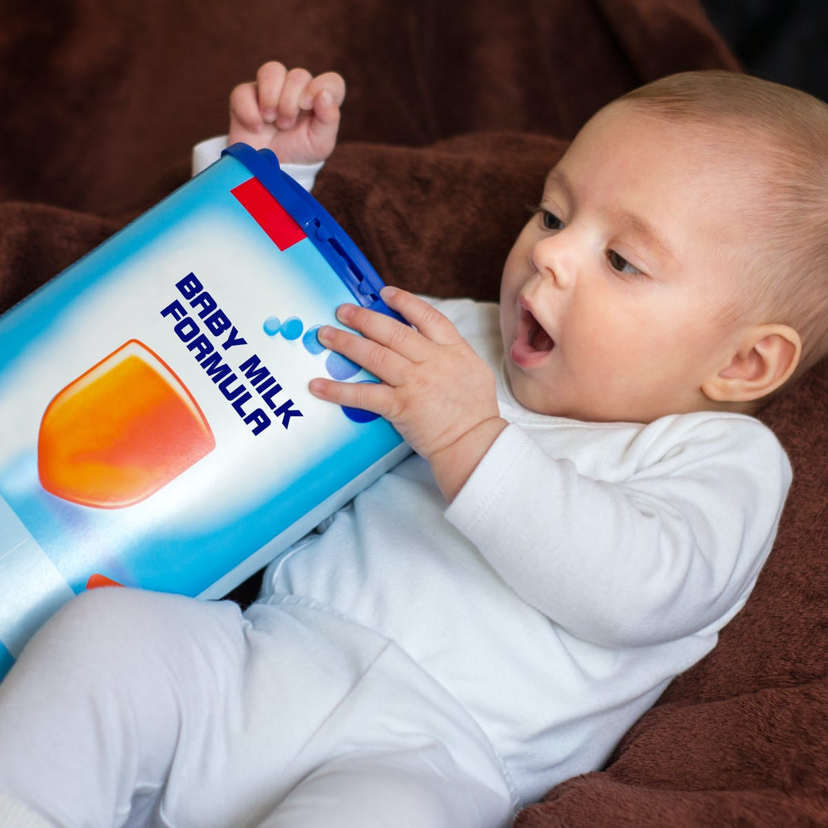 If you're feeding with formula, here's what you can do to promote your  baby's healthy growth
