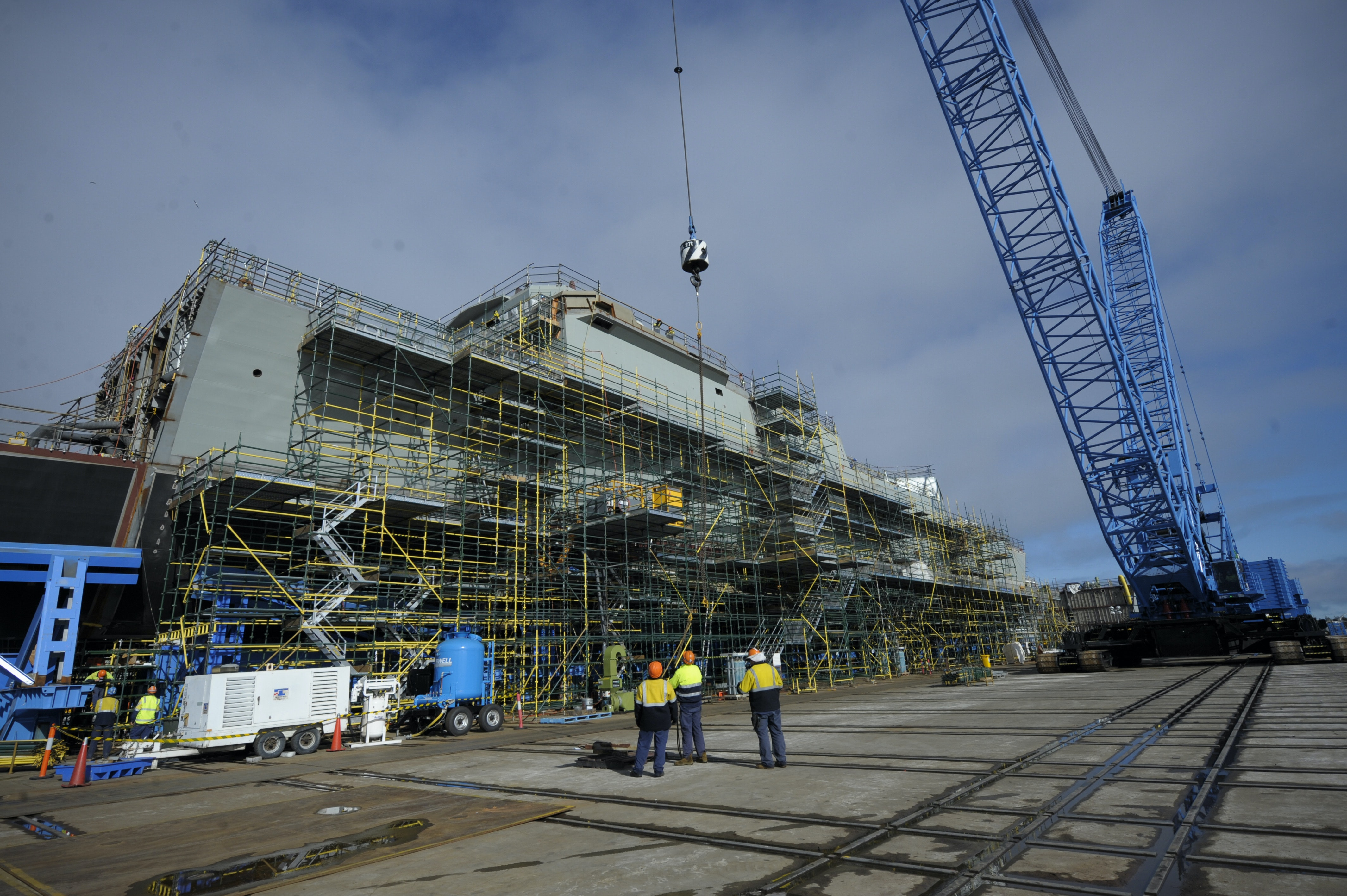 Building our own warships is Australia's path to the next industrial revolution