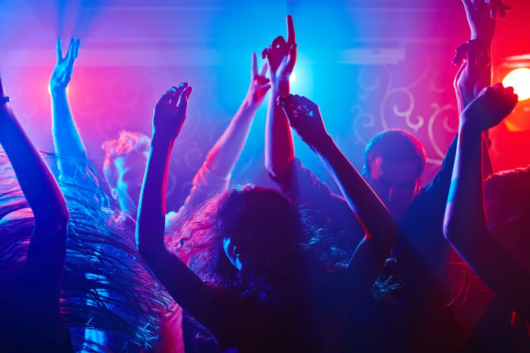 new research on nightclubs finds men do it often but know it's wrong