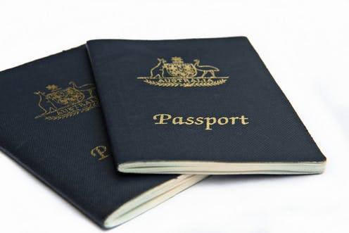 How a proposed new bill would make it easier to strip Australian citizenship