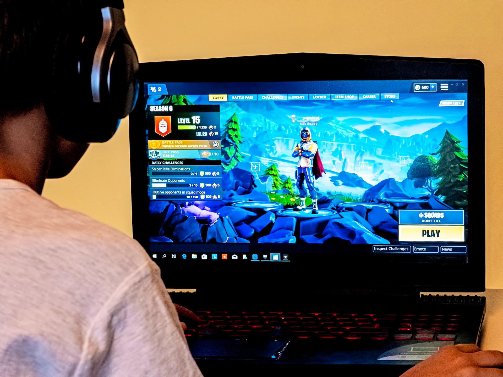 « Cours, Bambi » : comment le phénomène Fortnite bouscule l'industrie du jeu vidéo
